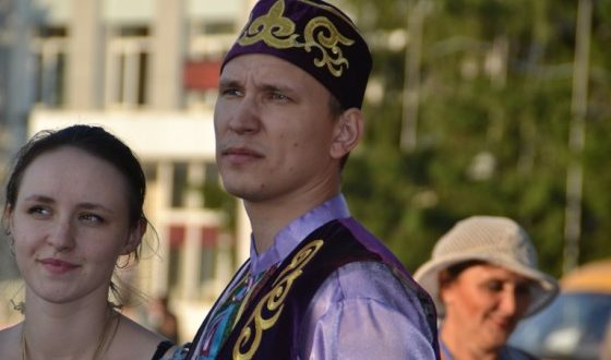 Young Tatars from all over Siberia will come to the festival in Berdsk