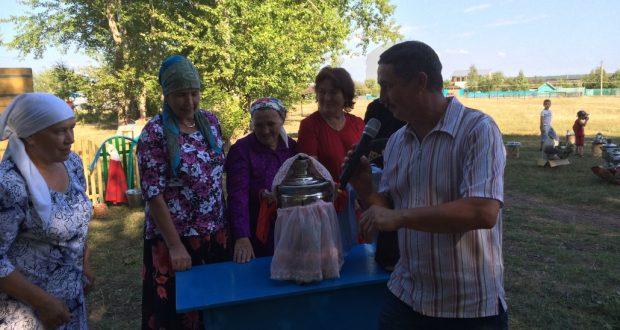 Кәзкәй авылында  Самоварлар бәйрәме
