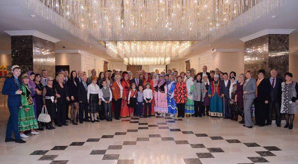 Рустам Минниханов в Минске встретился с представителями татарских общественных организаций в Республике Беларусь