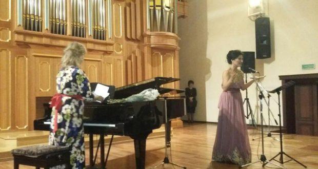 Feruza Haldarova sang songs by Rustem Yakhin
