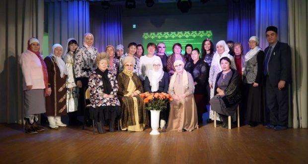 Төмәндә татар хатын-кызлары җыелды