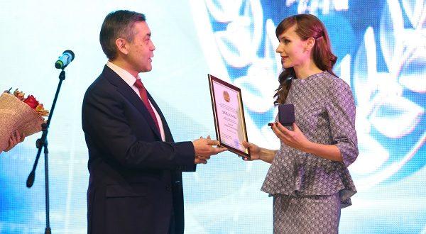 Лидер татарской молодежи Казахстана Элина Паули стала лауреатом госпремии РК «Дарын»
