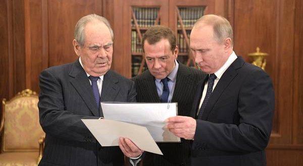 Vladimir Putin and Dmitry Medvedev met with the First president of Tatarstan