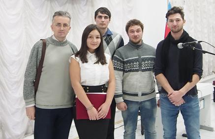 В Баку отметили День молодежи Азербайджана