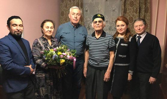 Басыра Рафикова поздравили с 96-летием