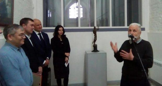 В Санкт-Петербурге открылась выставка татарского скульптора Ахнафа Зиякаева