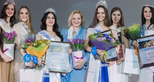 Красавицы из Ташкента стали финалистками  Конкурса красоты, грации и творчества  «Мисс КФУ-2017», который состоялся в Казани