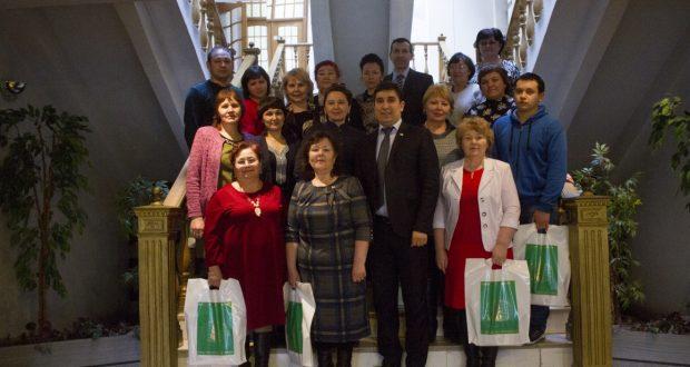 Фоторепортаж: Преподаватели из Свердловской области посетили Всемирный конгресс татар