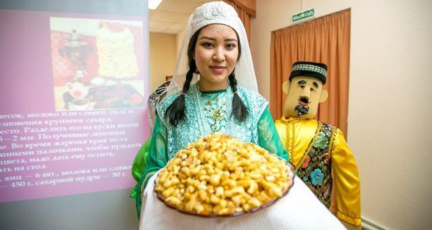 В Улан-Удэ впервые прошёл гастрономический фестиваль татар