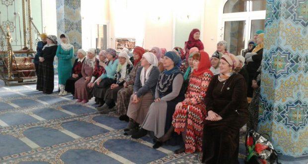 Активистки «Ак калфак» Нижнего Новгорода встретились с активистками Дзержинска