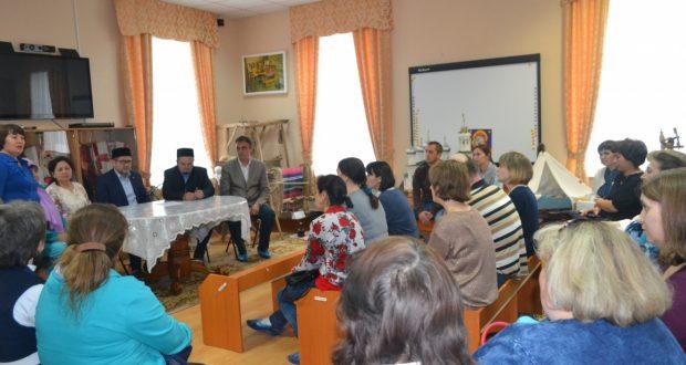 «Ак калфак» татар теле сагында