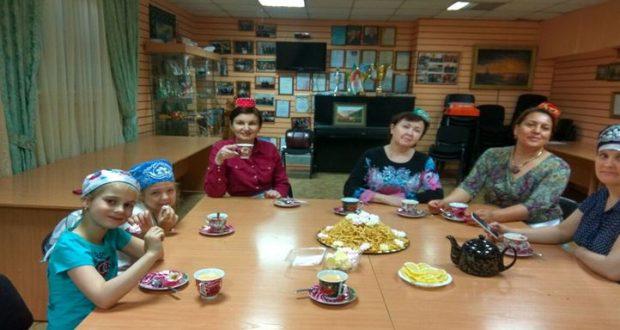 В Новосибирске учились чак-чаку
