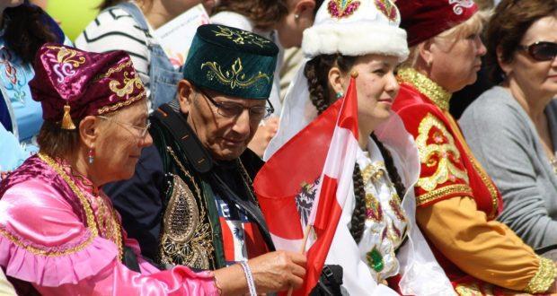 Татары Европы празднуют Сабантуй на литовской земле