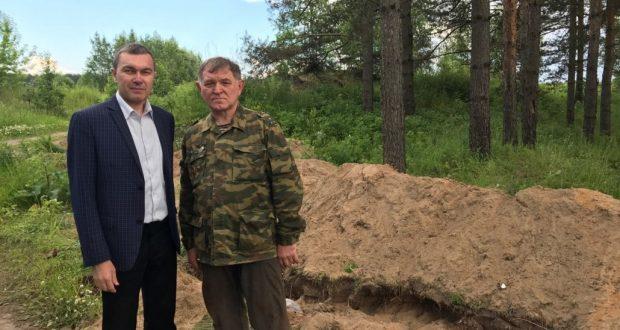 На Невском пятачке Ренат Валиуллин встретился с поисковым отрядом из Татарстана