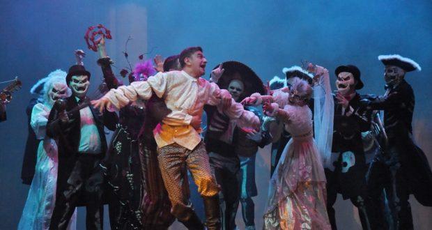 Камал театры Уфа шәһәренә традицион гастрольләргә китте