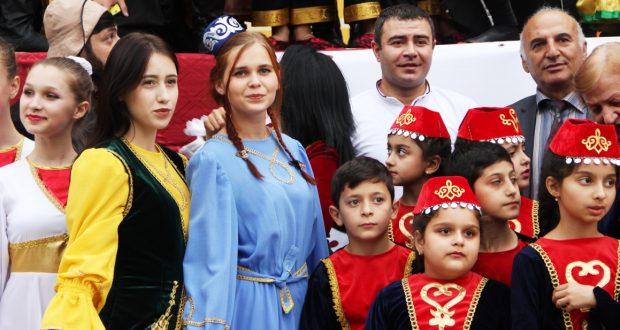 Краснодарские юбилеи:  татары представили свою культуру на краевых и городских праздниках