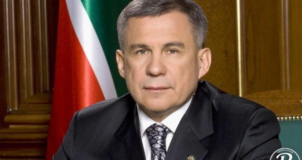 Президент Татарстана прилетел в Самарканд