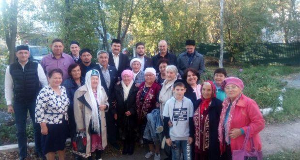 Василь Шайхразиев встретился с представителями татарских организаций Дальнего Востока