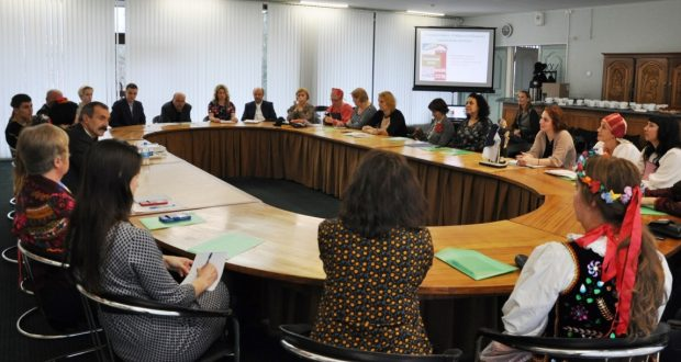 В Администрации Петрозаводска состоялся семинар-встреча «Гендерные особенности национального костюма»