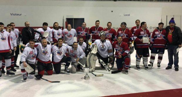 Канада һәм АКШ татарлары Монреальдә хоккей уйнаган