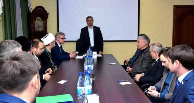 Василь Шайхразиев встретился с активистами татарских организаций Нижневартовска