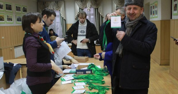 Бөтендөнья татар конгрессының киңәйтелгән утырышына катнашучылар килә башлады