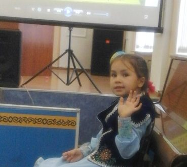 Семилетняя Суфия из Кокшетау удивила всех на конкурсе «Мисс татарочка»