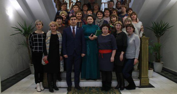 Урал якларыннан килгән укытучылар татар конгрессында булдылар