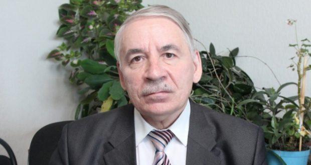 """""""Кардәш каләмнәр"""" Зиннур Мансуровны зурлый"""