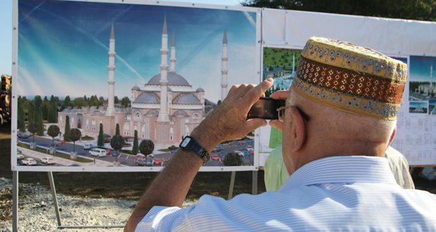 Соборная мечеть Крыма примет первых прихожан весной 2019 года