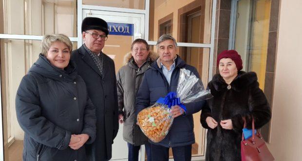 Васил Шәйхразиев эшлекле сәфәр белән Ижауга килде