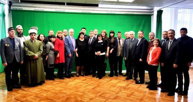 Василь Шайхразиев встретился с руководителями татарских организаций Сибирского федерального округа