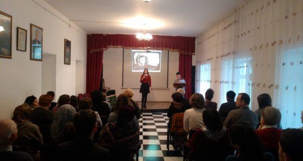 В Баку отметили день рождения татарского поэта Мусы Джалиля