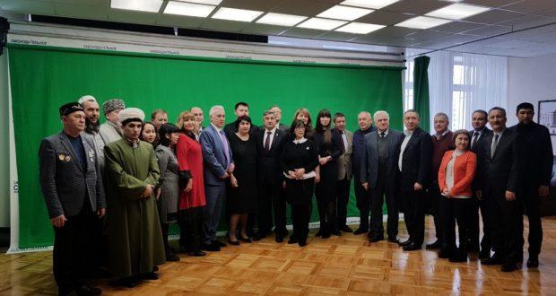 Фоторепортаж: Васил Шәйхразиев эшлекле сәфәр белән Новосибирскта