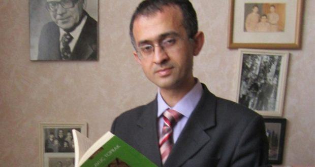 Истанбулда Аяз Гыйләҗеның тагын бер әсәре төрек телендә чыккан