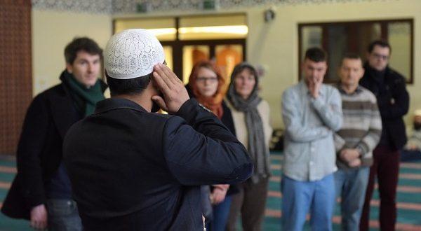 Британские мечети проведут День открытых дверей