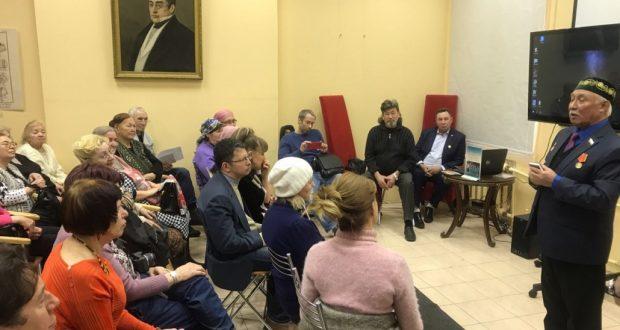В «Татарской гостиной» состоялся литературно-поэтический вечер «Бессмертная лира Мусы Джалиля»