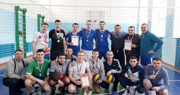В селе Старая Балыкла состоялись межрайонные соревнования по волейболу