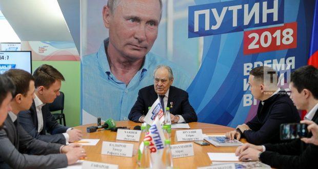 Минтимер Шәймиев татар активистлары белән нәрсә турында сөйләште