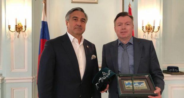 Vasil Shaykhraziev met with Russian Ambassador to Hungary Vladimir Sergeyev