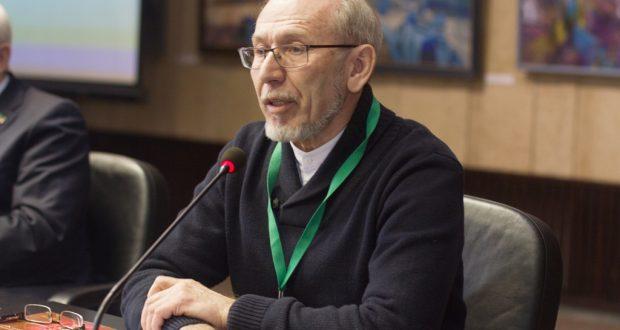 Дамир Исхаков татар авыллары тарихы буенча дәүләт программасы булырга тиешлеген әйтте