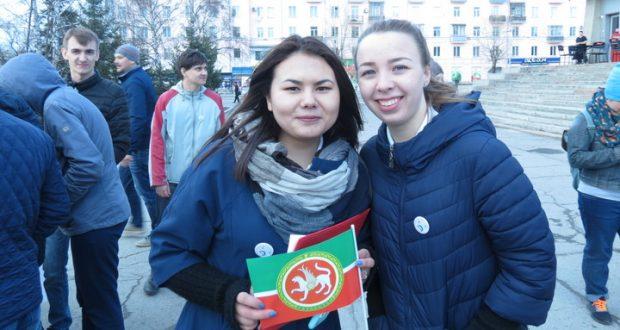 Барнаульцев познакомили с татарской культурой