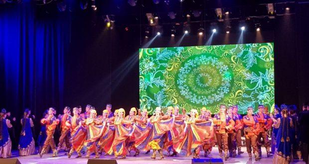 В Нижневартовске по случаю Дней татарской культуры прошел праздничный концерт