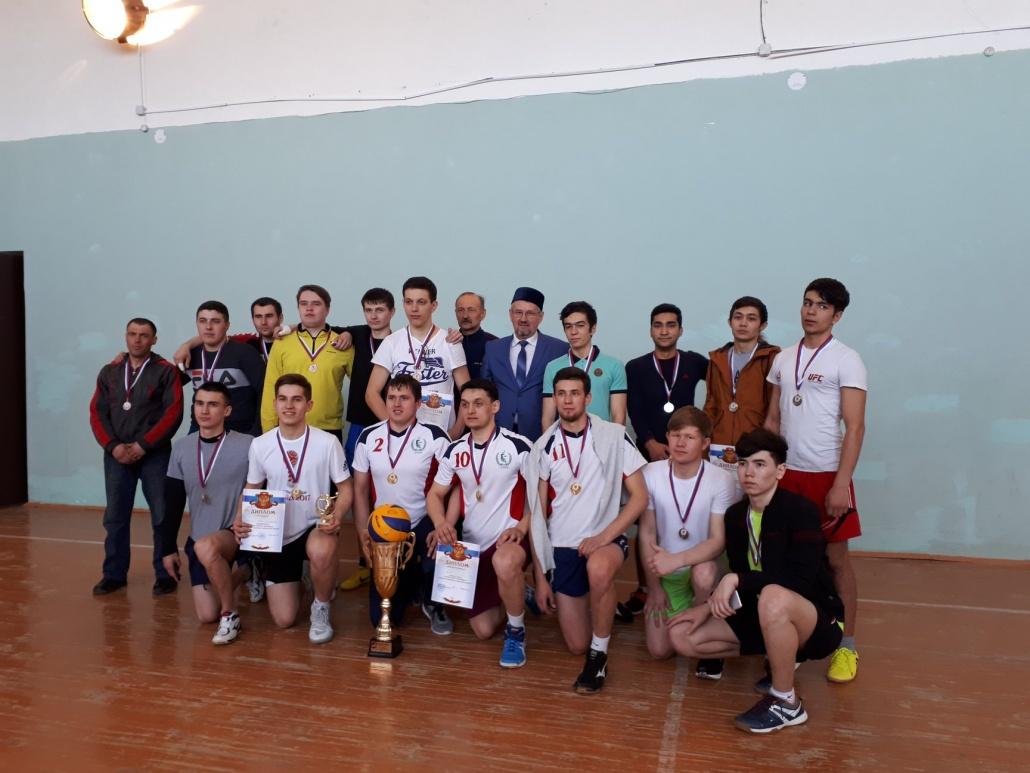 знакомство команды по турниру русского языка