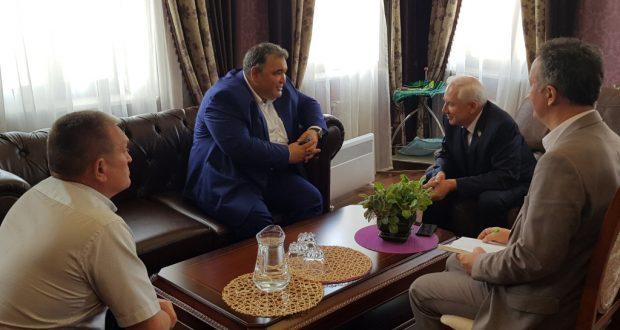 Ринат Закиров  Дагыстанның Ногай районы башлыгы белән очрашты