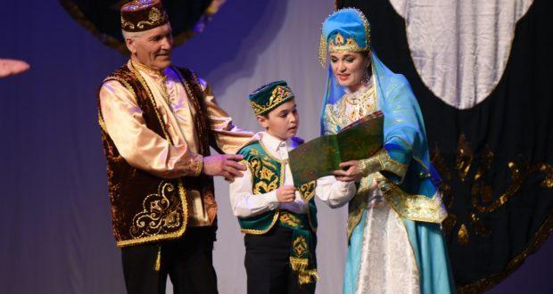 Җиңү көне уңаеннан Тинчурин театры ветераннарга хәйрия спектакле күрсәтте