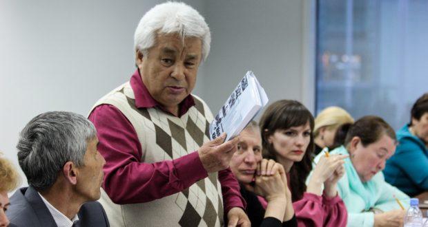 Роман  «Черная Колыма» Ибрагима Салахова перевели на казахский язык