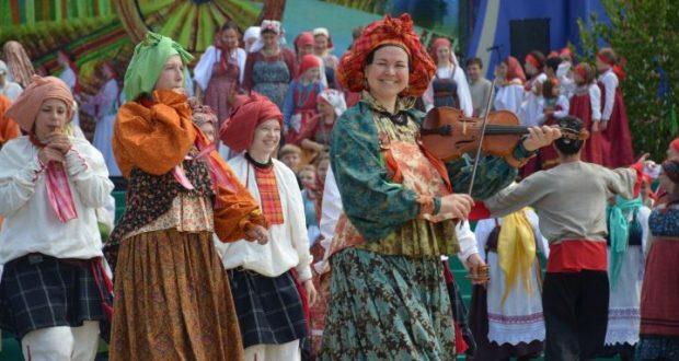 Татарстанда яшәүче халыкларның традицион мәдәнияте бәйрәмнәрен уздыру көннәре билгеле булды (ИСЕМЛЕК)