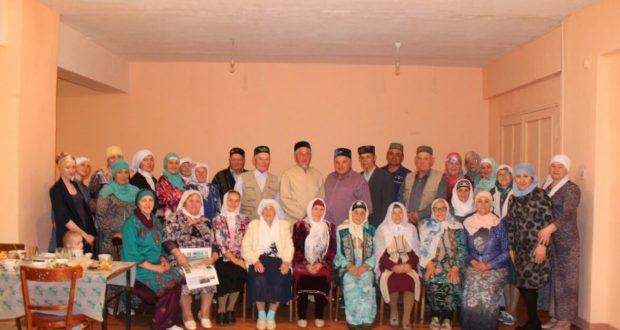 Одна самых маленьких мечетей Татарстана собрала на ифтар 50 человек