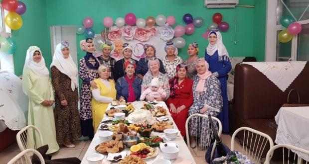 Хабаровск мәчетендә татар хатын-кызлары өчен ифтар узган